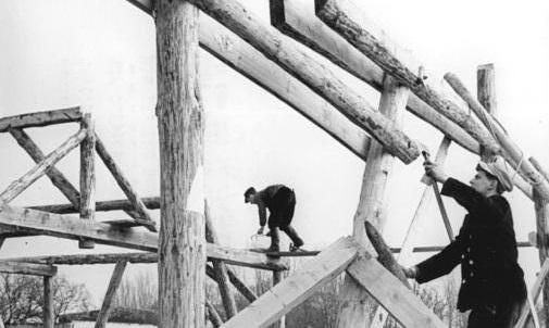 Altgolßen, Bau eines Stalls für LPG